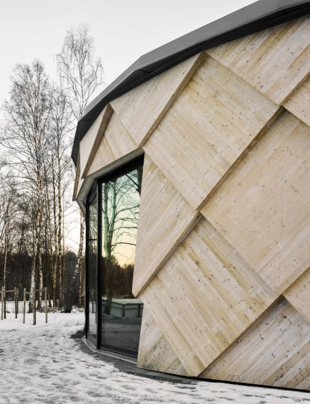 kotten-tengbom-trail-centre-sweden-wood-_dezeen_936_1
